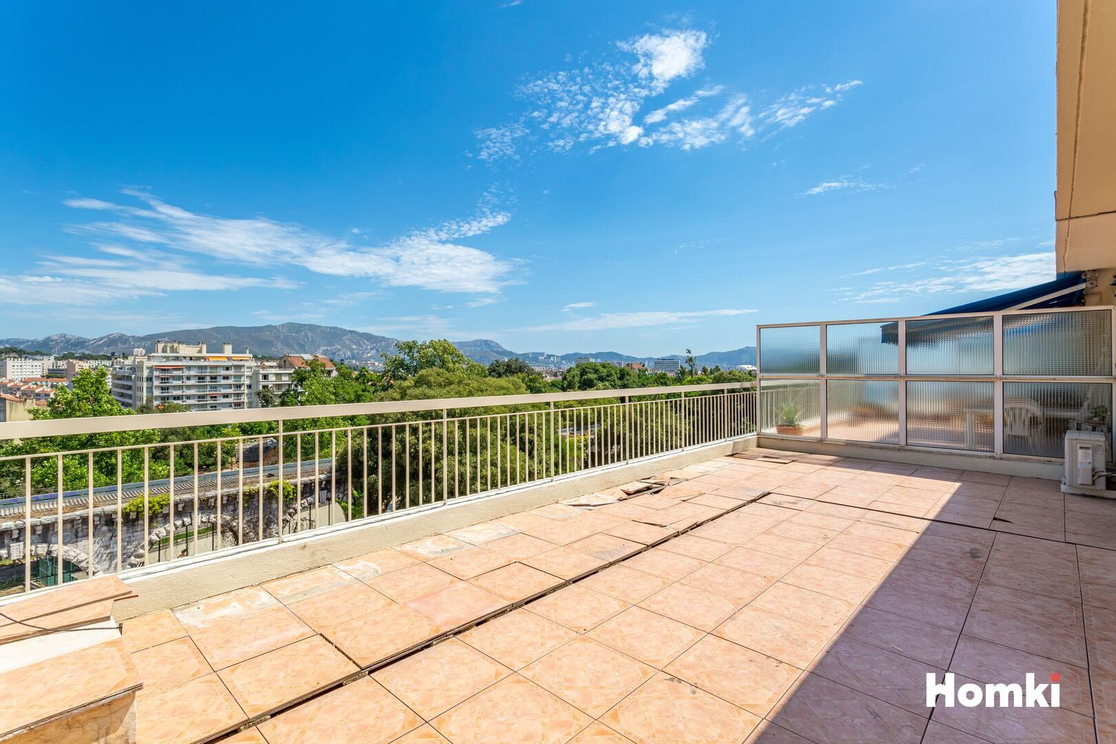 Homki - Vente Appartement  de 77.0 m² à Marseille 13004