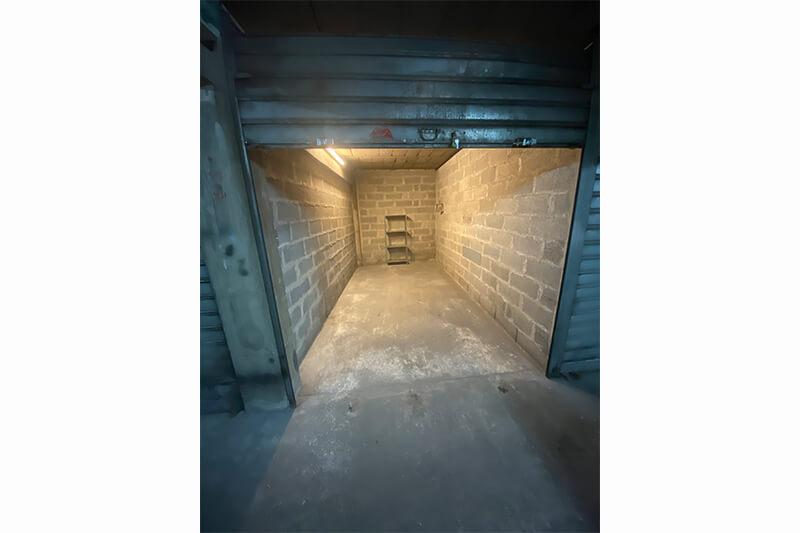 Homki - Vente box  de 11.0 m² à Marseille 13001