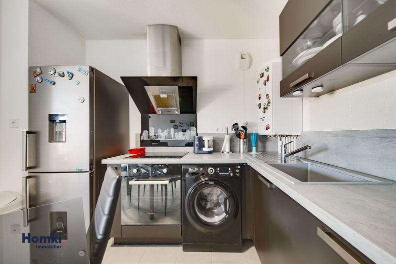 Homki - Vente Appartement  de 62.0 m² à Marseille 13015