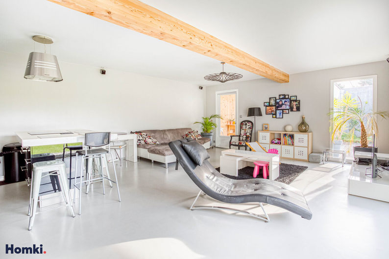 Homki - Vente maison/villa  de 250.0 m² à Marseille 13008
