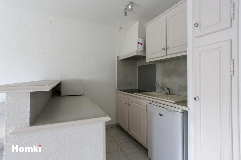 Homki - Vente Maison/villa  de 31.0 m² à Pernes-les-Fontaines 84210