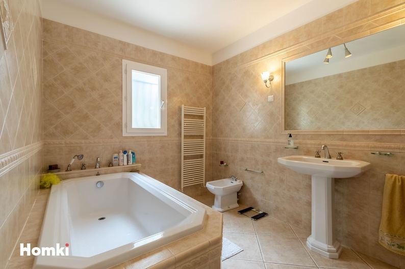 Homki - Vente maison/villa  de 114.0 m² à Marseille 13011