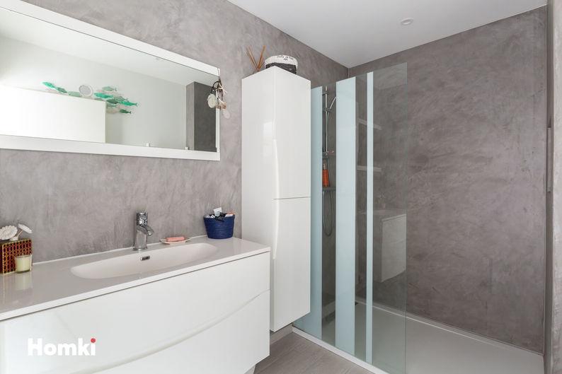 Homki - Vente Appartement  de 44.0 m² à Marseille 13010