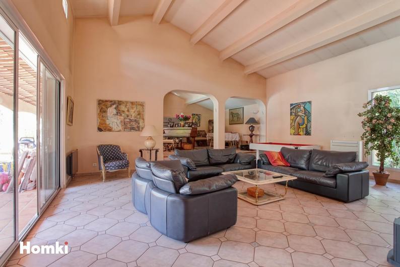 Homki - Vente Maison/villa  de 310.0 m² à Marseille 13008