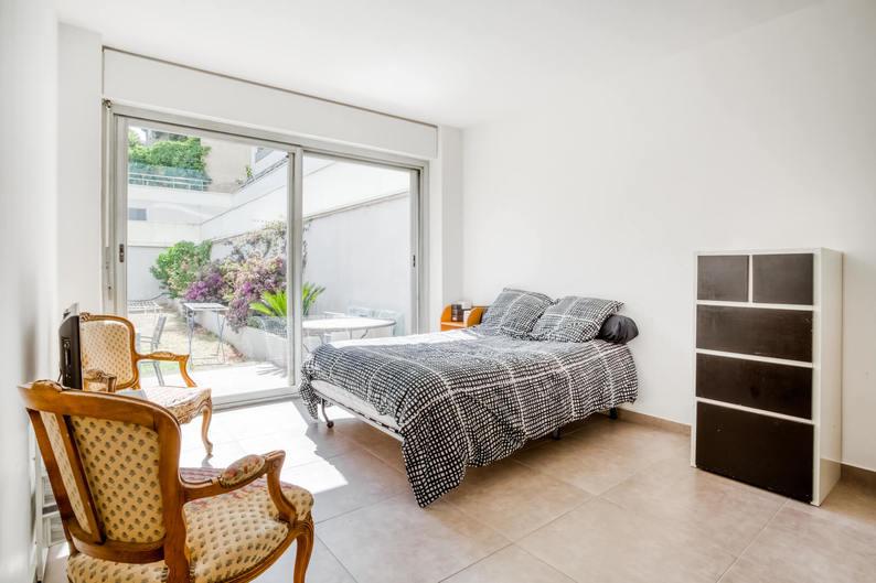 Homki - Vente Appartement  de 103.0 m² à Marseille 13008