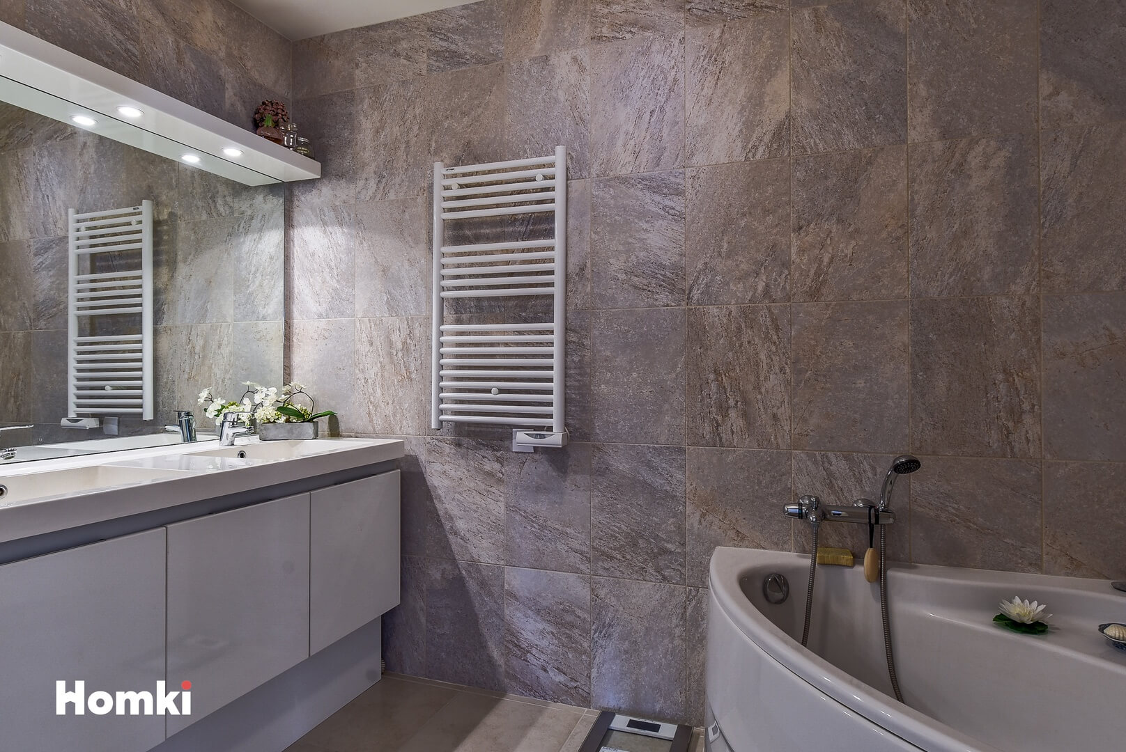 Homki - Vente Appartement  de 111.0 m² à Menton 06500