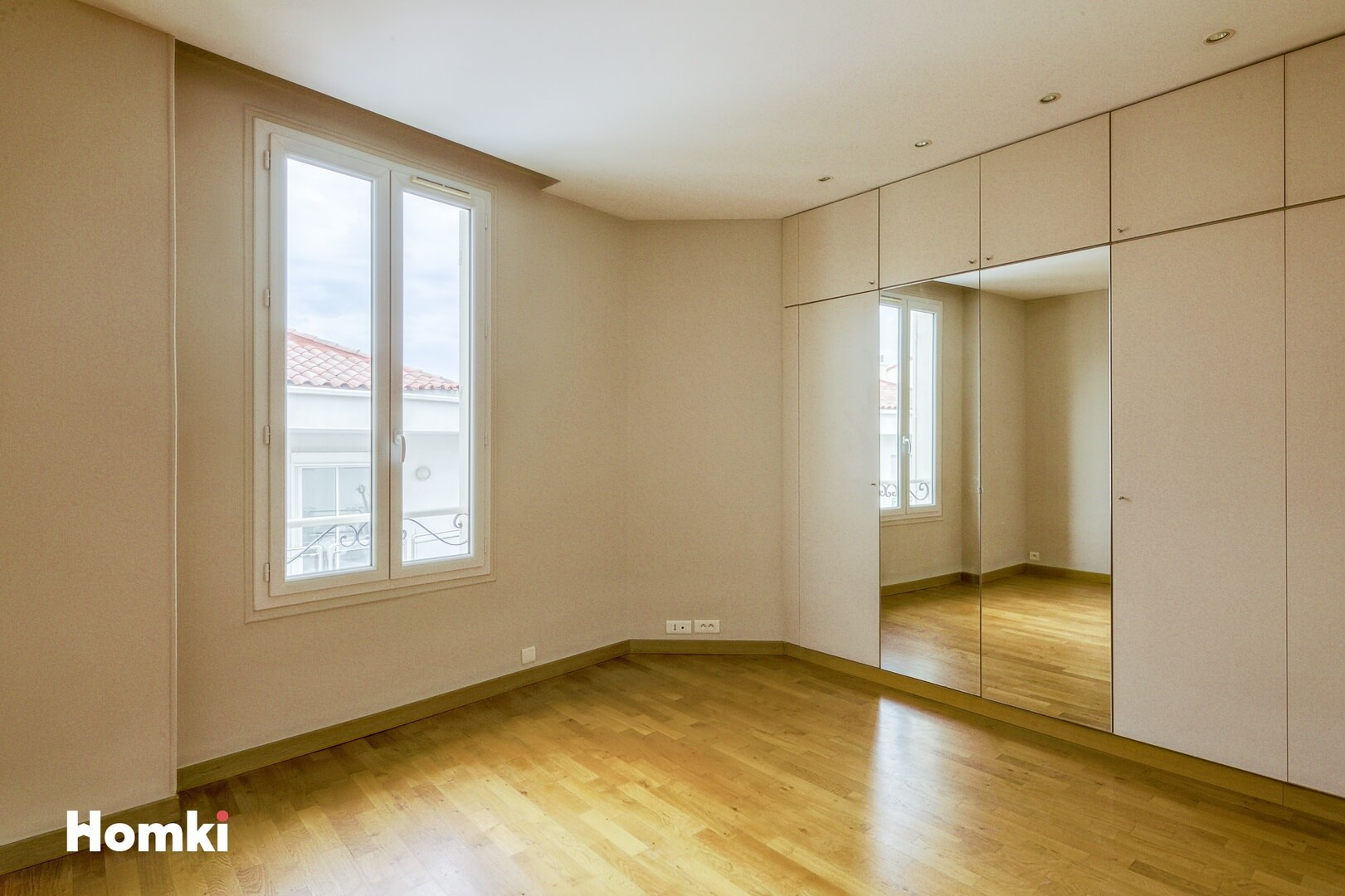 Homki - Vente Appartement  de 55.0 m² à Cannes 06400
