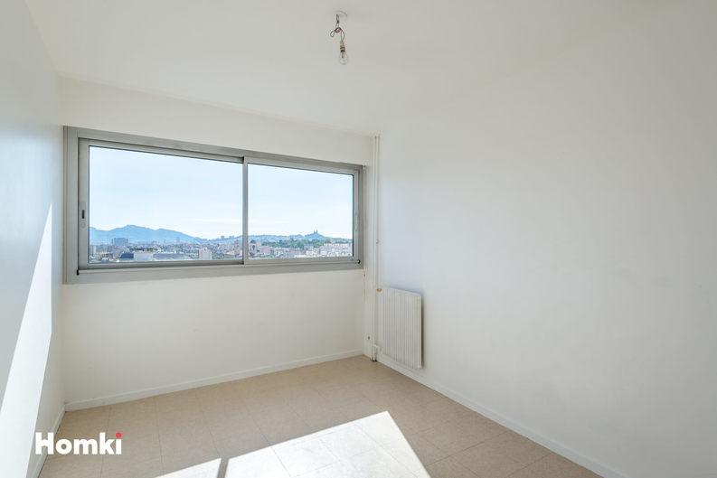 Homki - Vente Appartement  de 51.0 m² à Marseille 13004