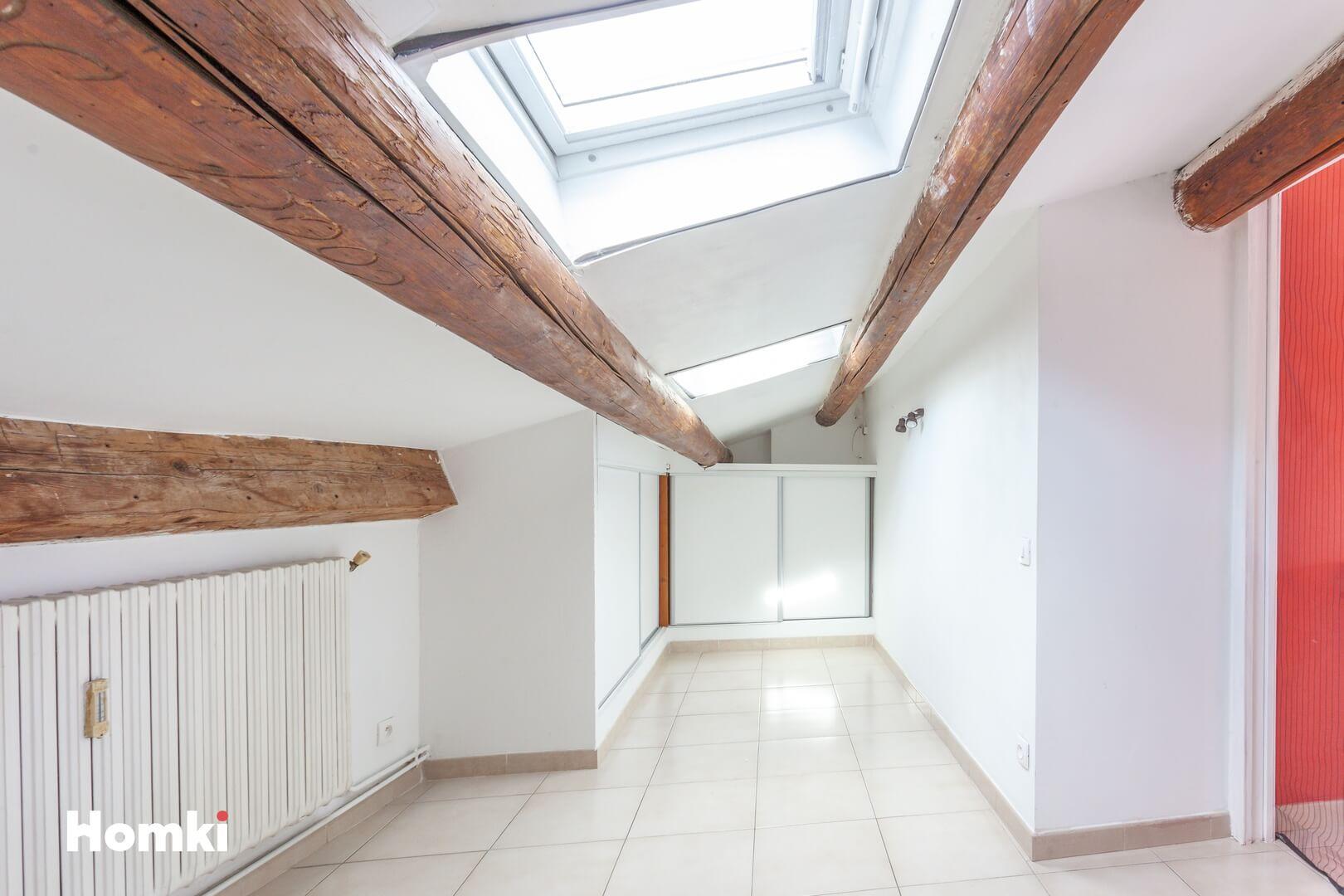 Homki - Vente Appartement  de 50.0 m² à Marseille 13006