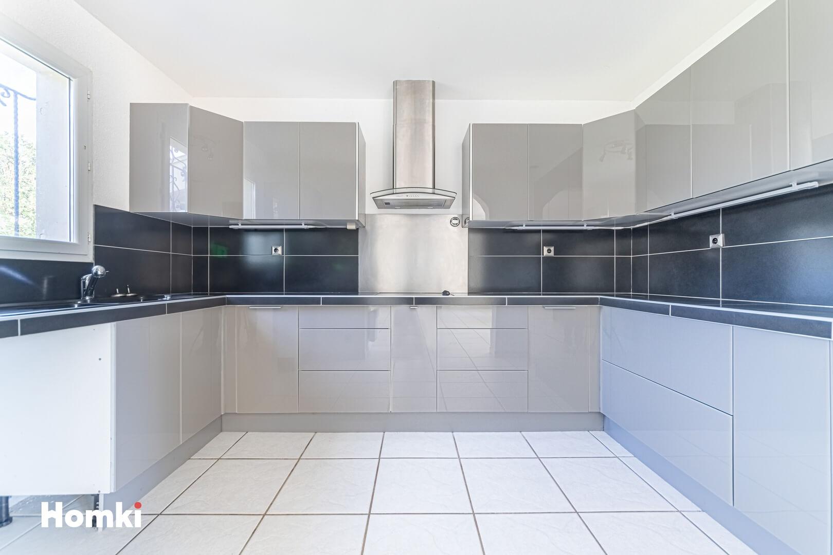Homki - Vente Maison/villa  de 212.0 m² à Nimes 30900