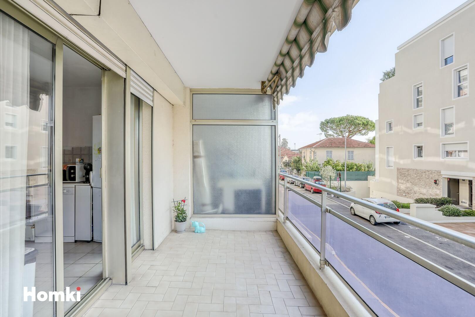 Homki - Vente Appartement  de 63.0 m² à Saint-Laurent-du-Var 06700