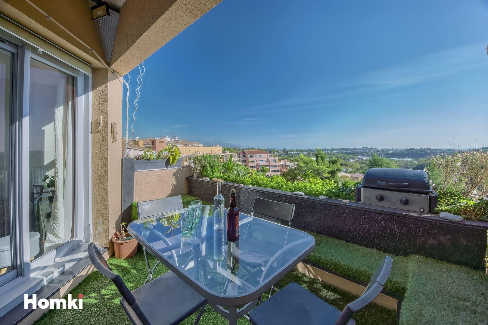 Homki - Vente Appartement  de 73.0 m² à Valbonne 06560