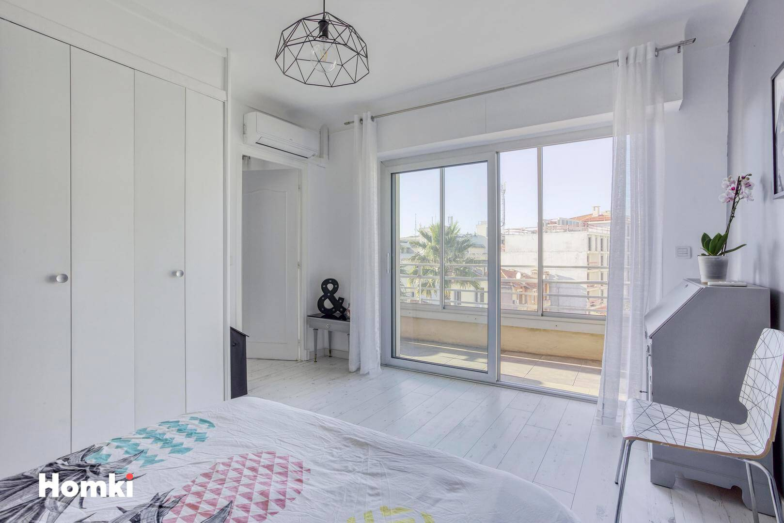 Homki - Vente Appartement  de 70.5 m² à Antibes 06600