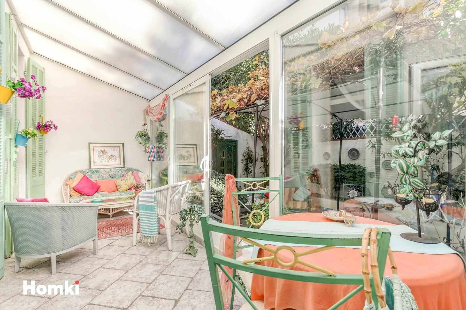 Homki - Vente Appartement  de 55.0 m² à Marseille 13007