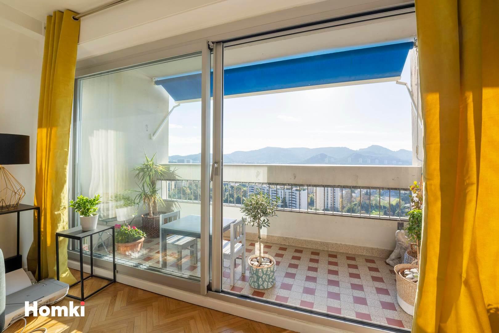 Homki - Vente Appartement  de 81.06 m² à Marseille 13009