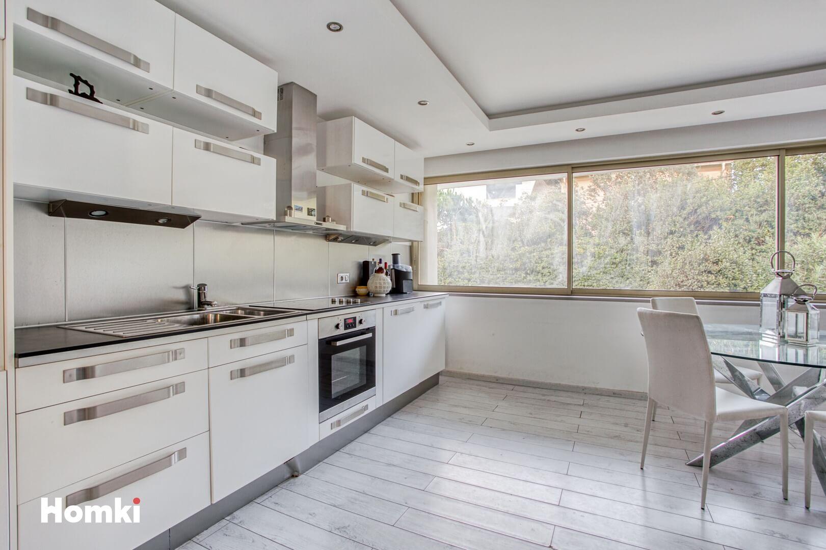 Homki - Vente Appartement  de 85.0 m² à Antibes 06160