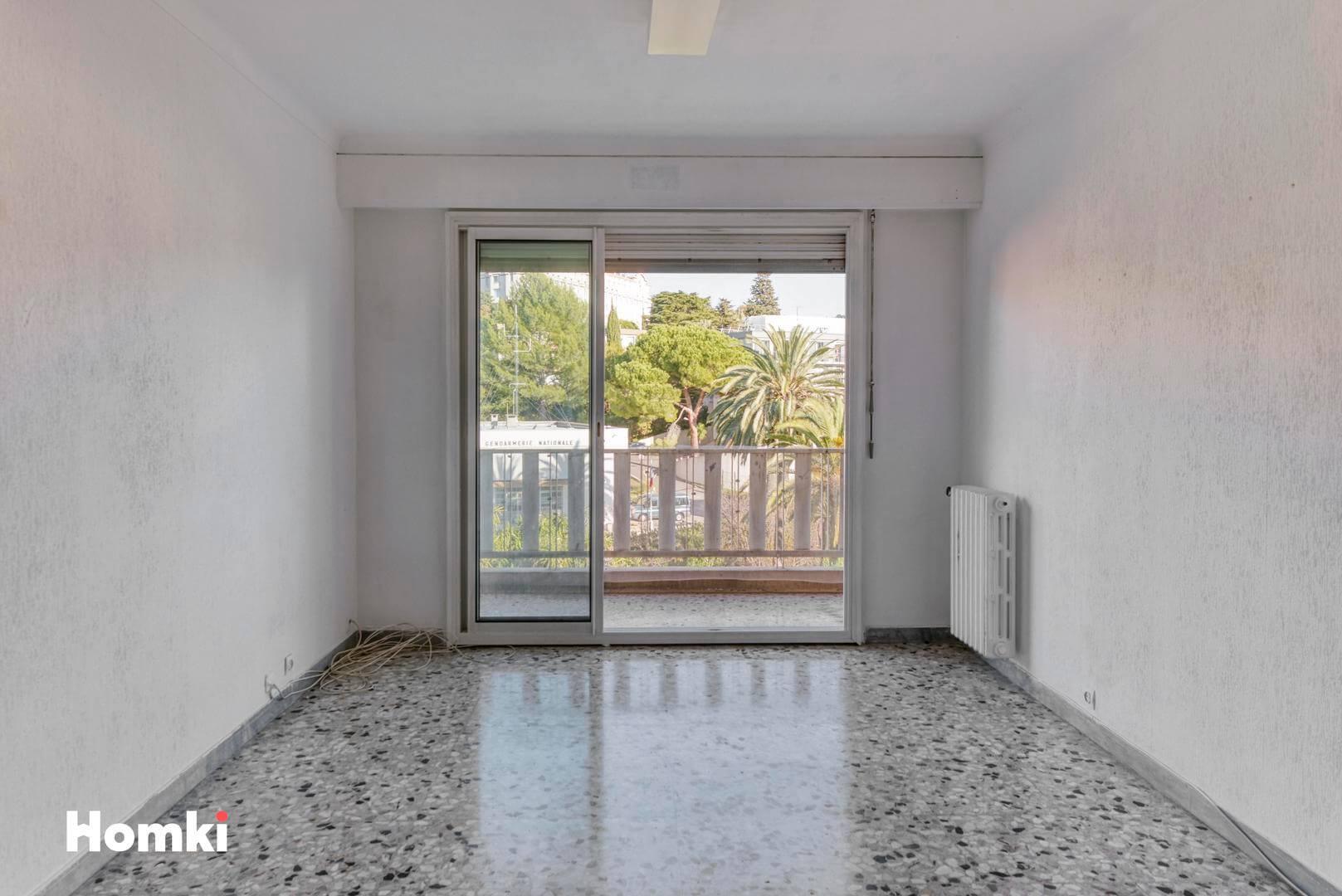 Homki - Vente Appartement  de 67.6 m² à Cannes 06400