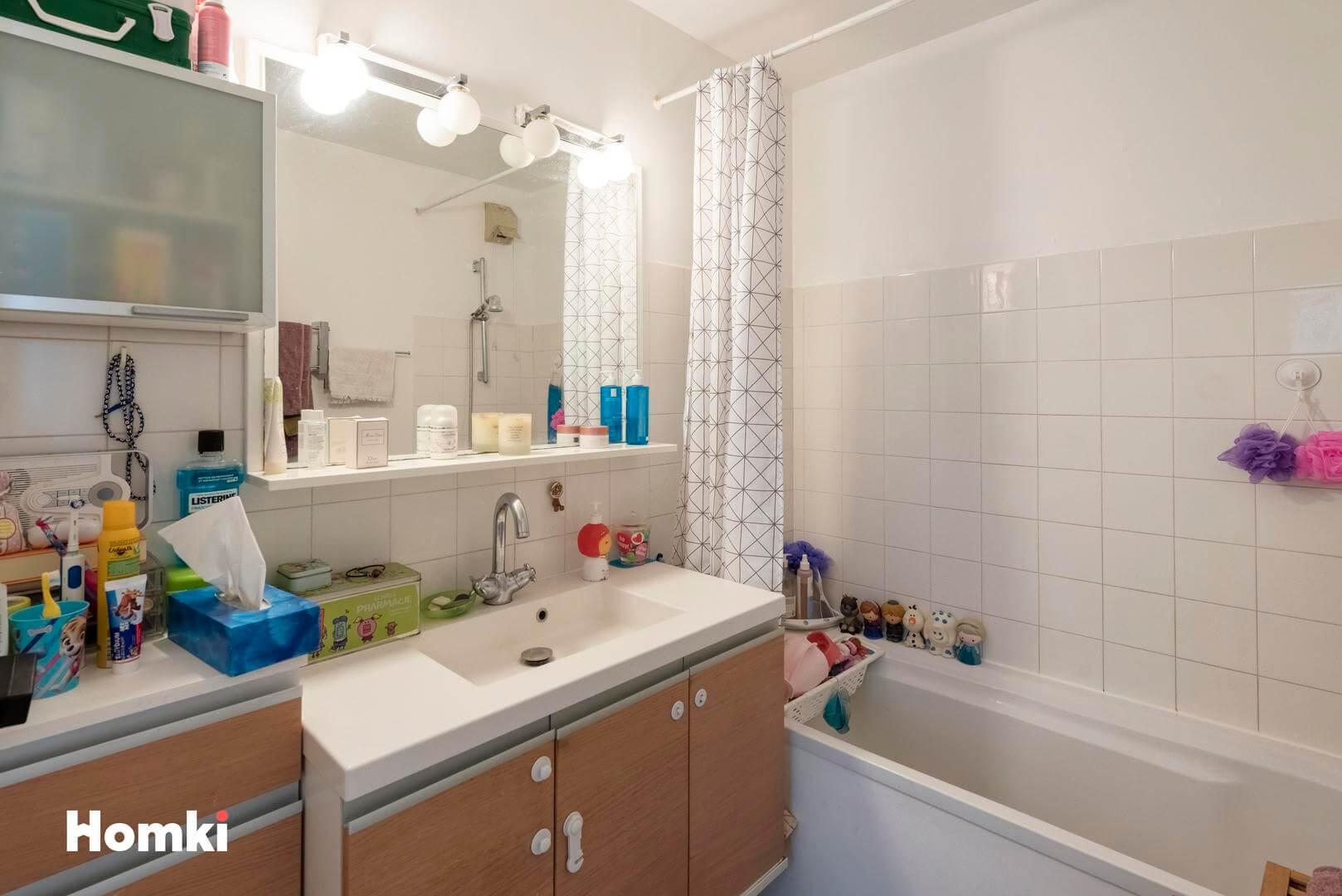 Homki - Vente Appartement  de 74.0 m² à Valbonne 06560