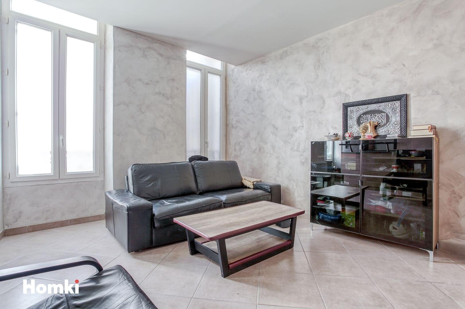 Homki - Vente Appartement  de 48.0 m² à Marseille 13002