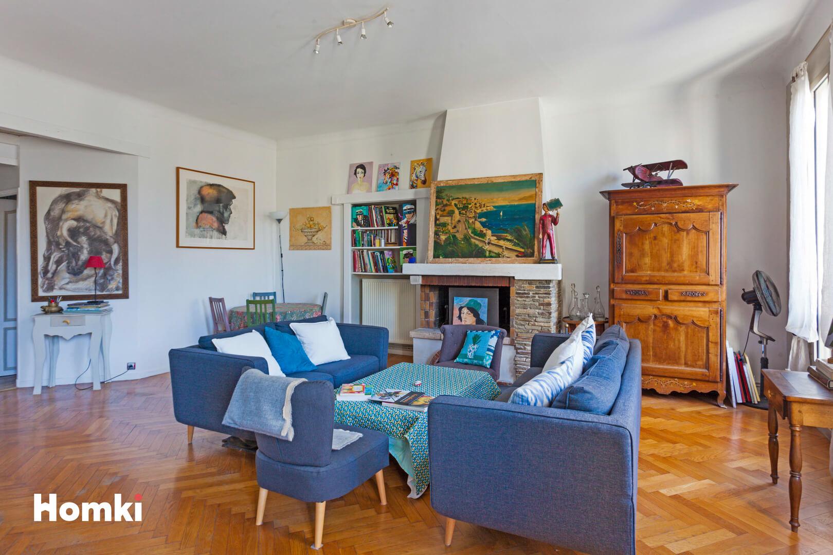 Homki - Vente Appartement  de 71.0 m² à Marseille 13006