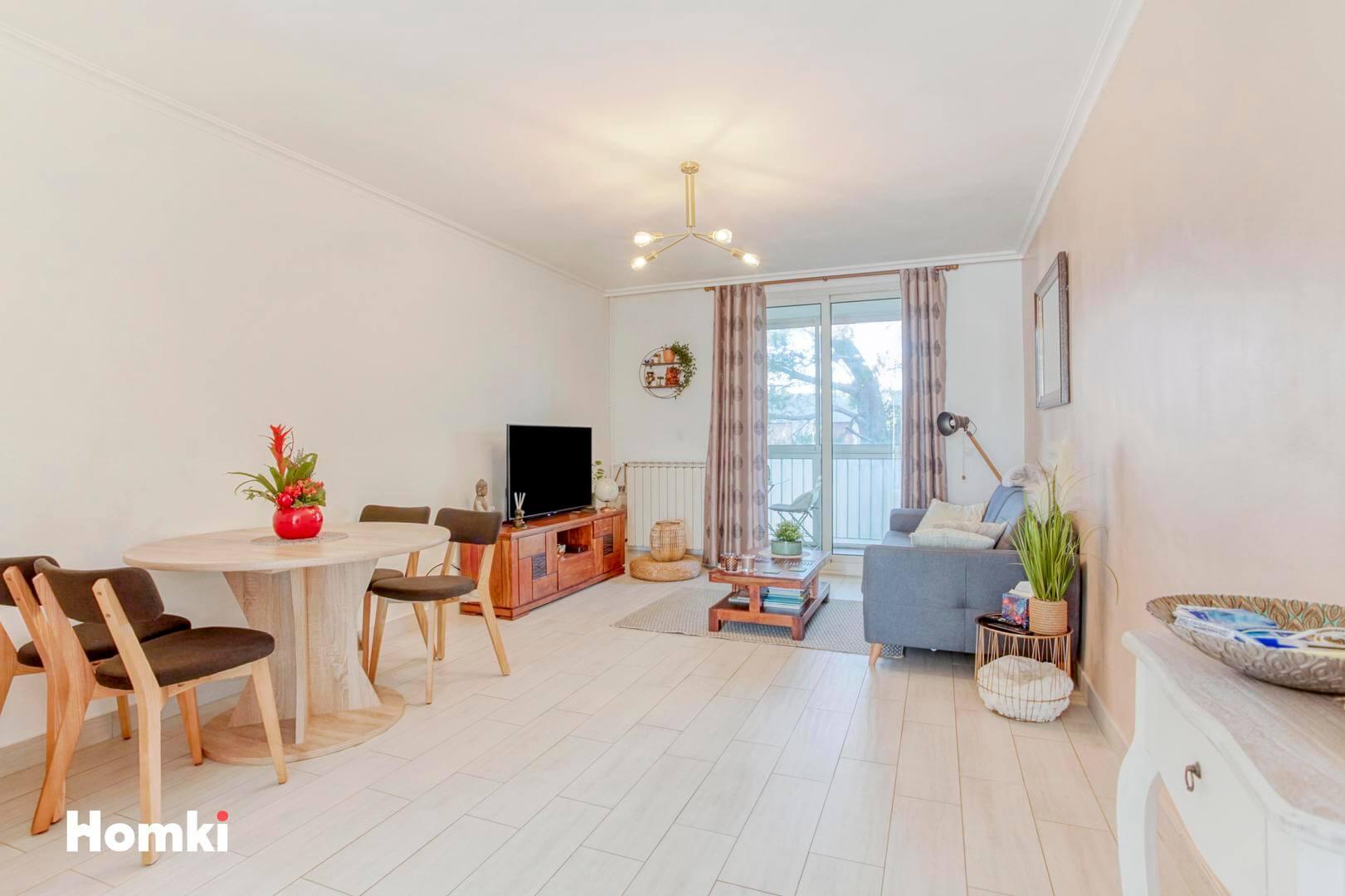 Homki - Vente Appartement  de 57.0 m² à Marseille 13012