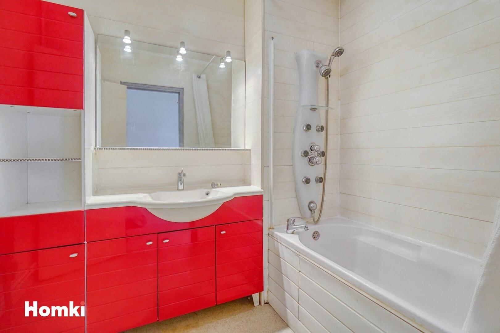 Homki - Vente Appartement  de 64.0 m² à Talence 33400