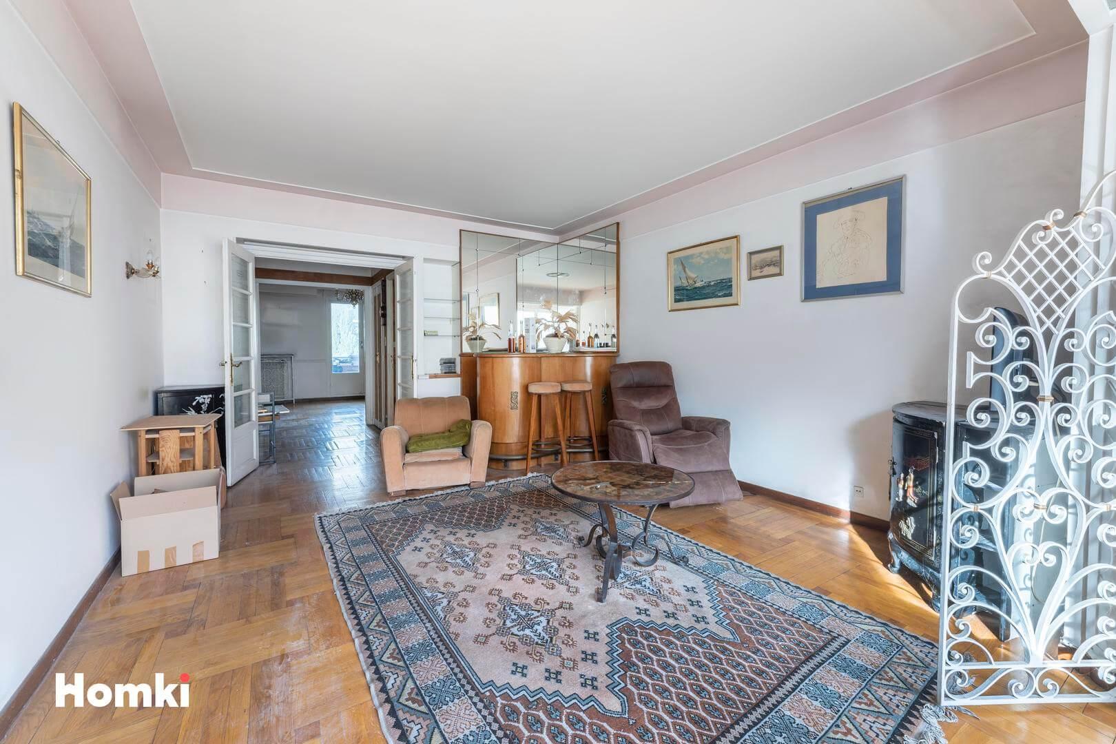 Homki - Vente Appartement  de 95.0 m² à Marseille 13008
