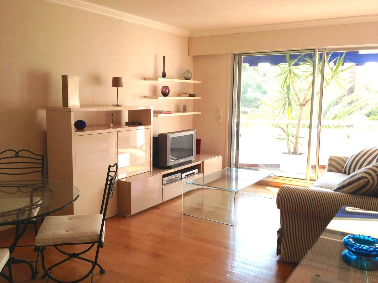 Homki - Vente Appartement  de 50.0 m² à Cannes 06400