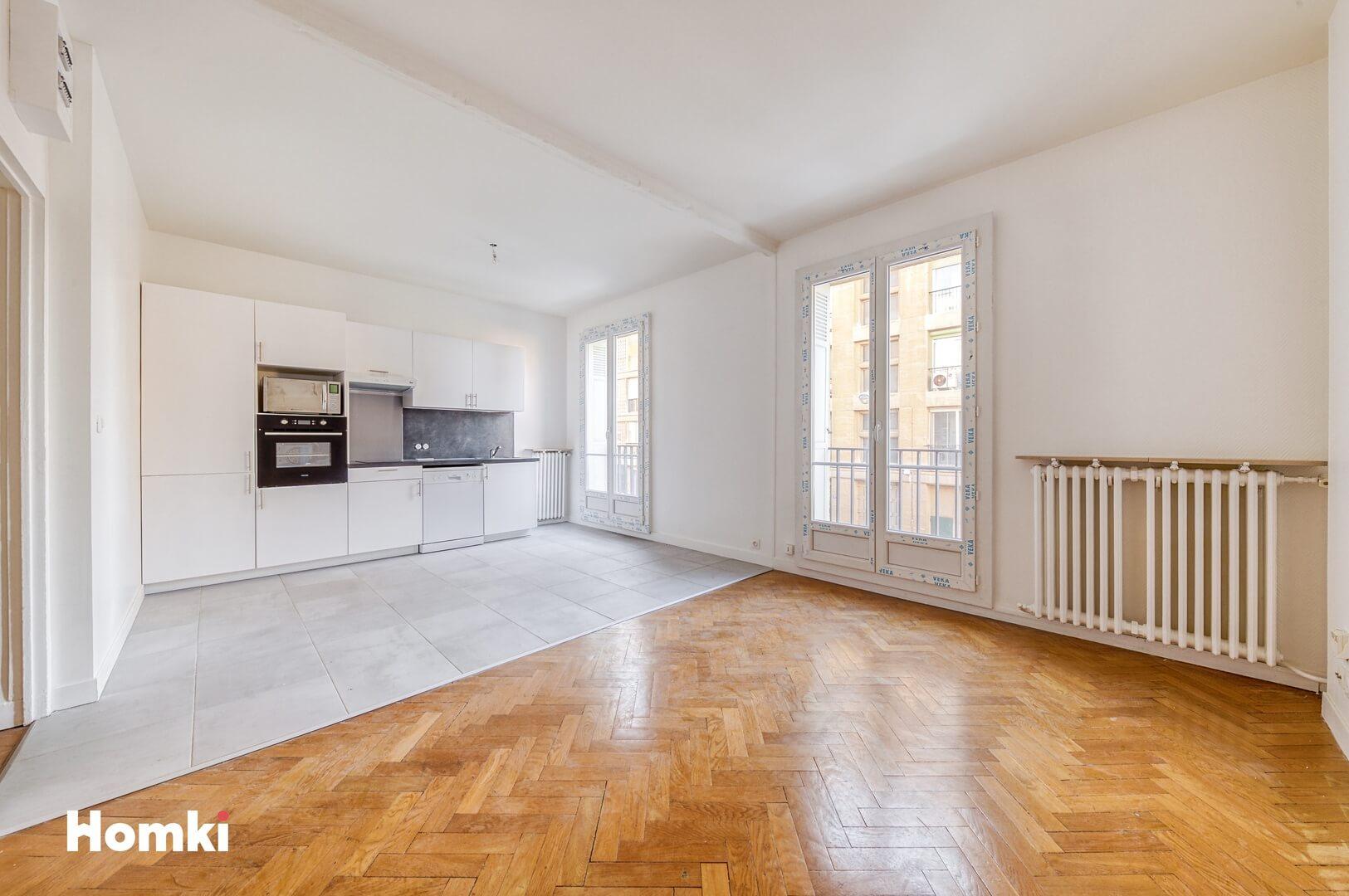 Homki - Vente Appartement  de 67.0 m² à Marseille 13002