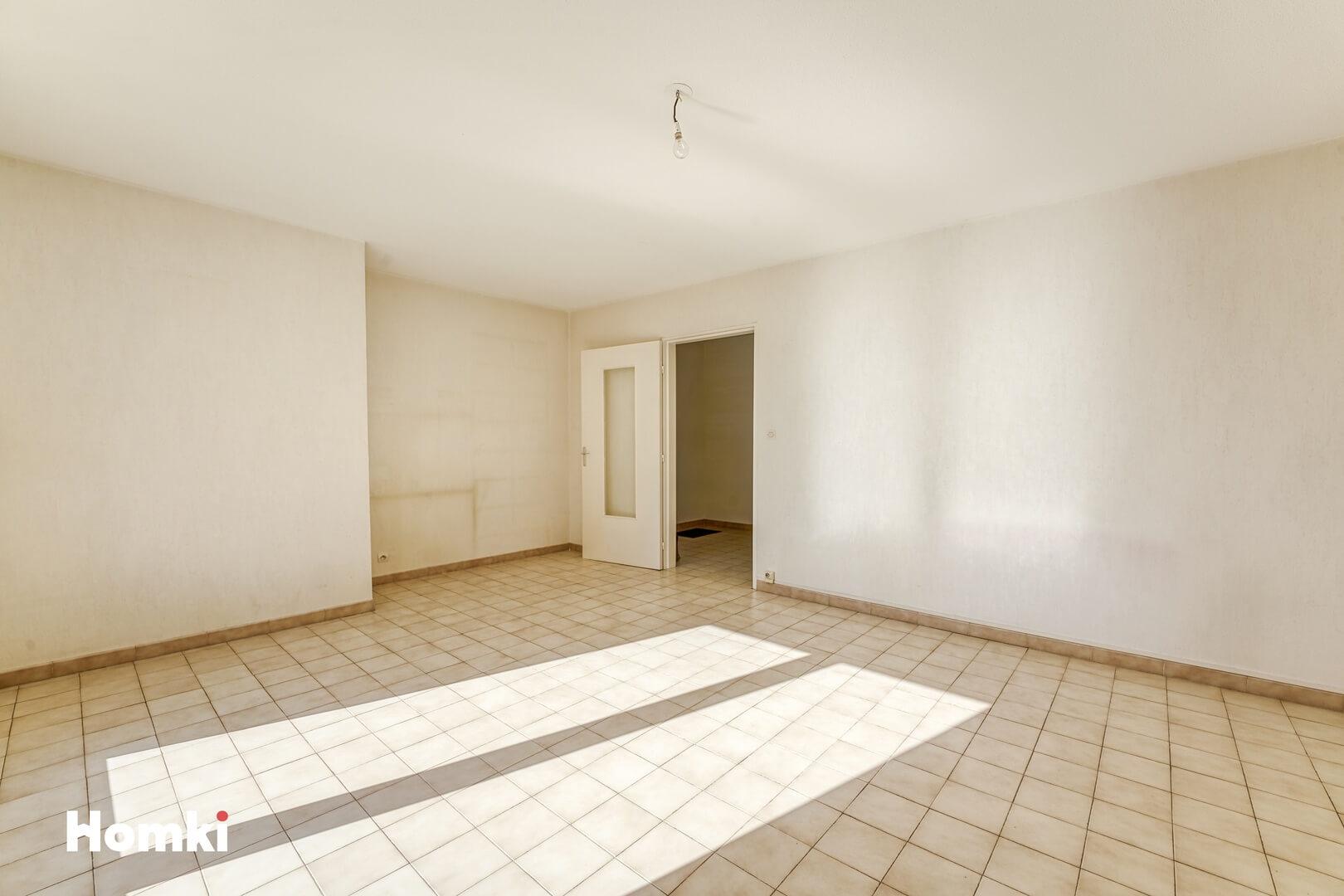 Homki - Vente Appartement  de 53.0 m² à Marseille 13005