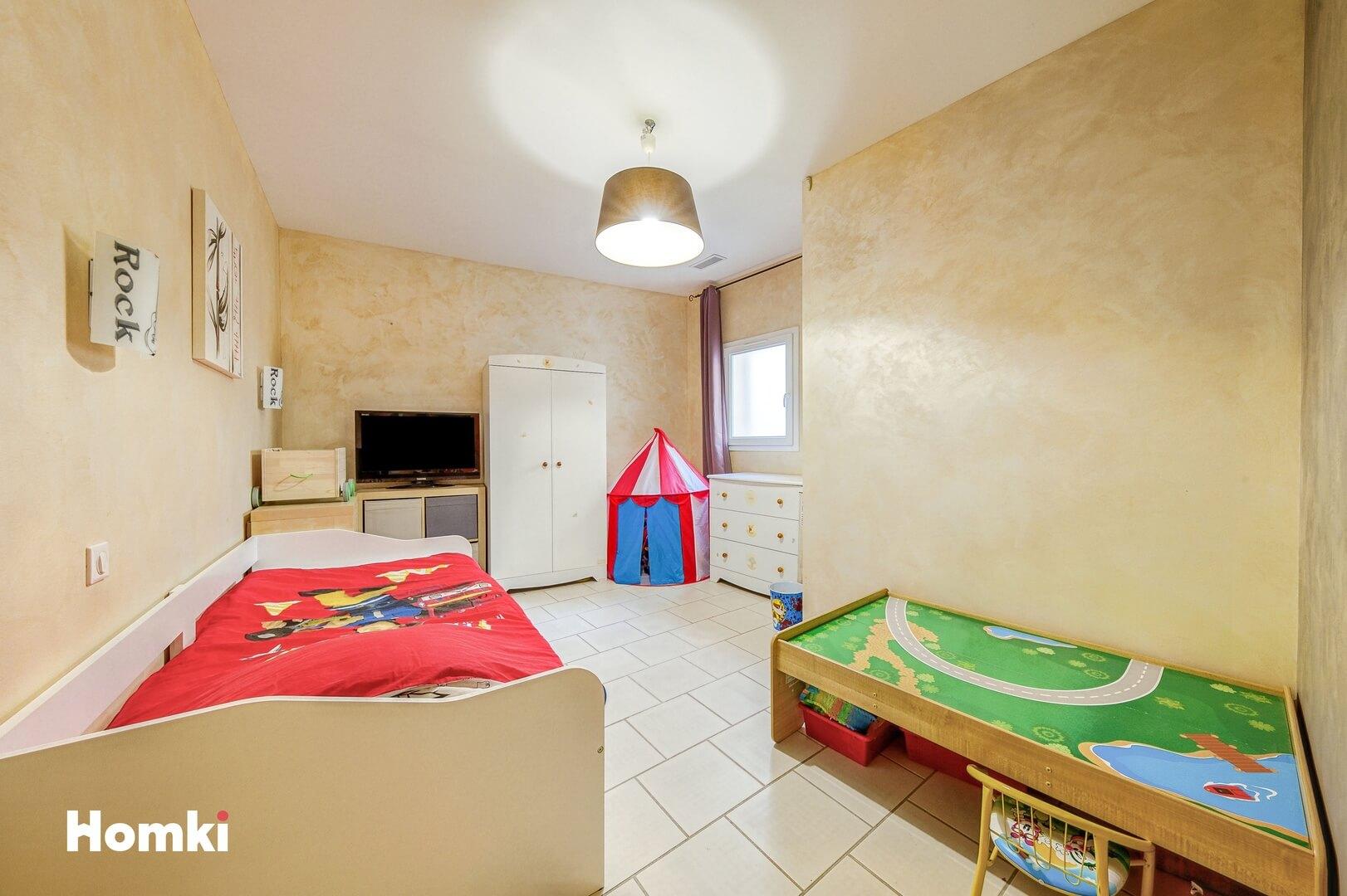 Homki - Vente Maison/villa  de 139.0 m² à Marseille 13015