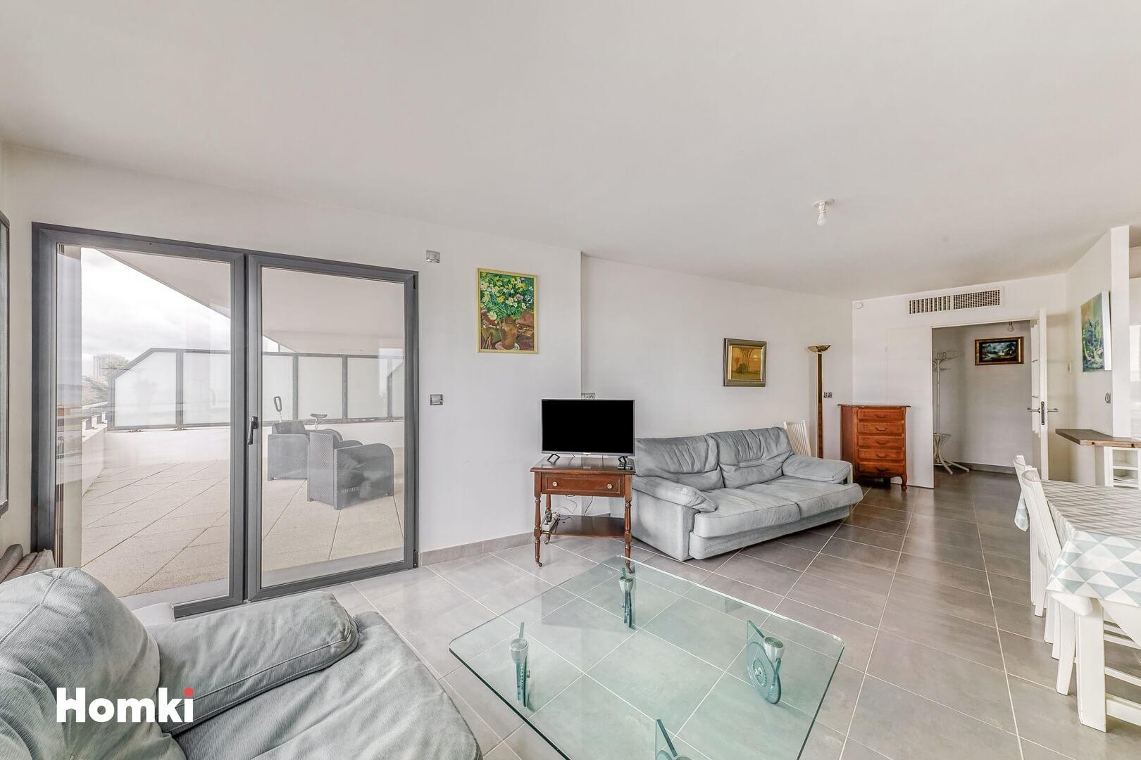 Homki - Vente Appartement  de 73.0 m² à Marseille 13008