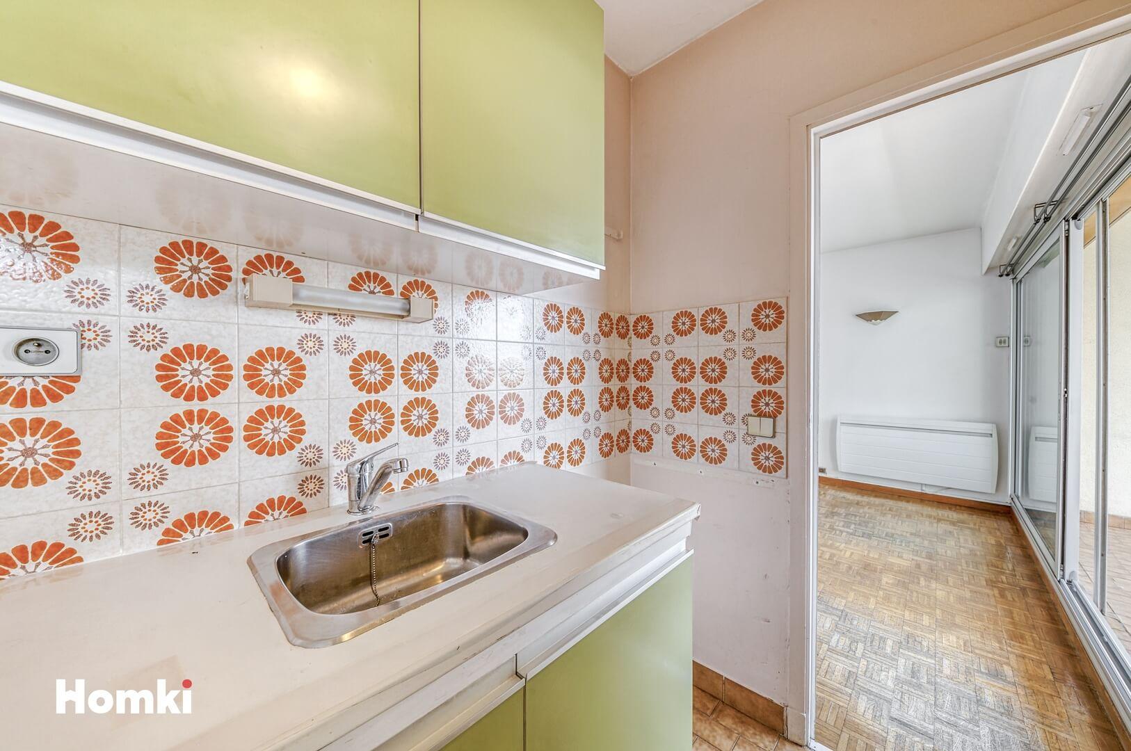 Homki - Vente Appartement  de 30.0 m² à Marseille 13008