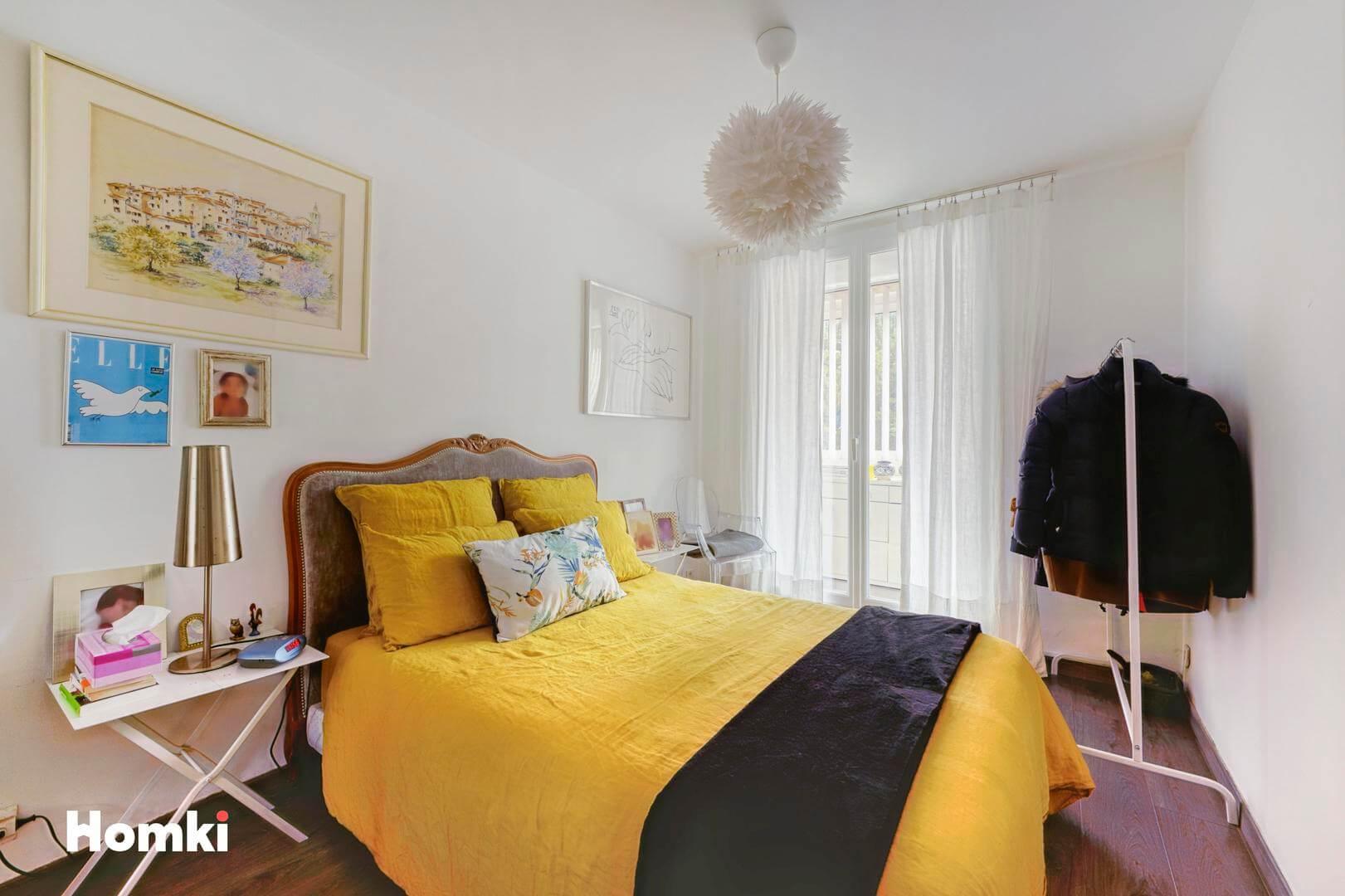 Homki - Vente Appartement  de 48.0 m² à Marseille 13008