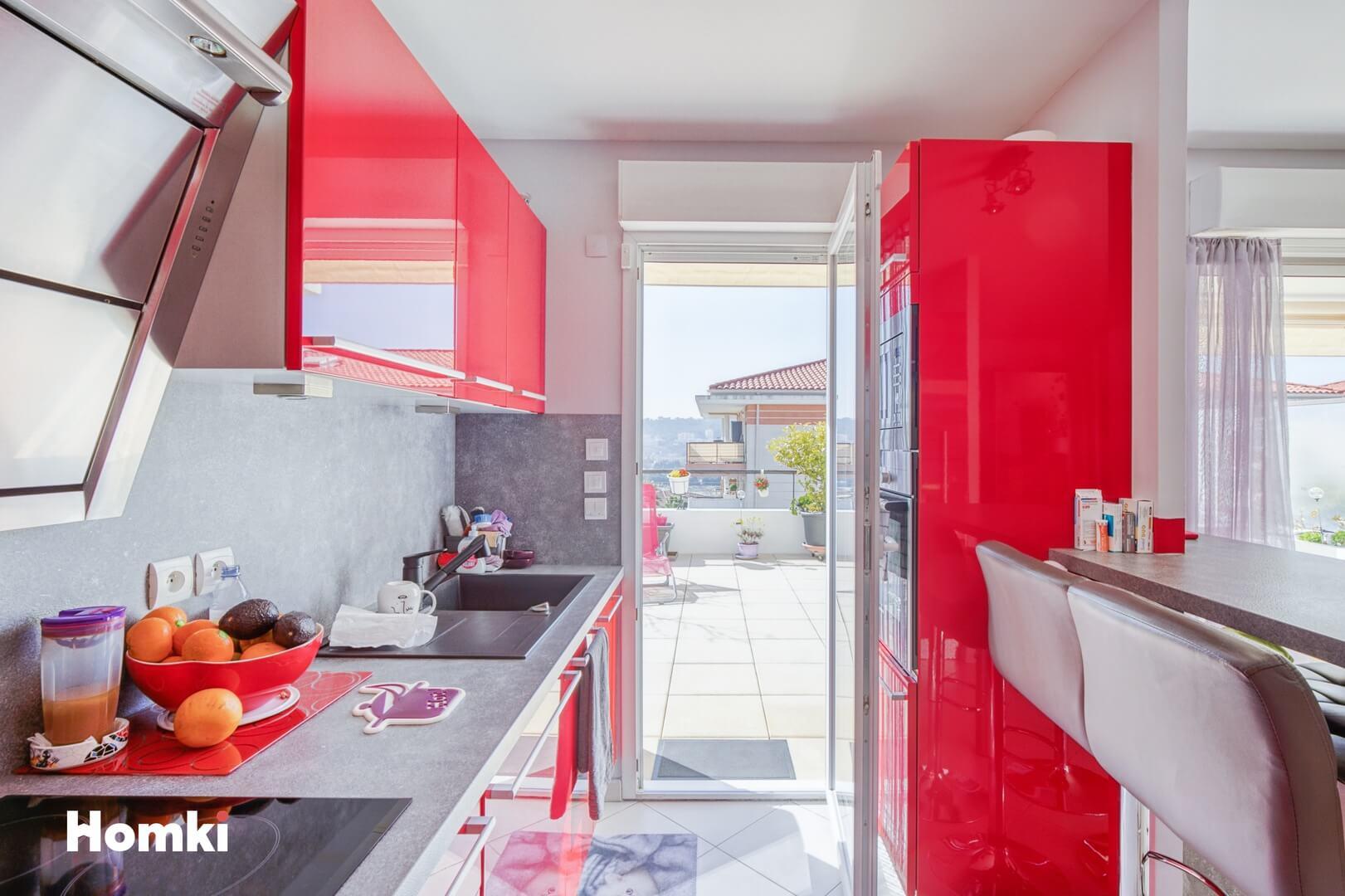 Homki - Vente Appartement  de 84.0 m² à Nice 06200