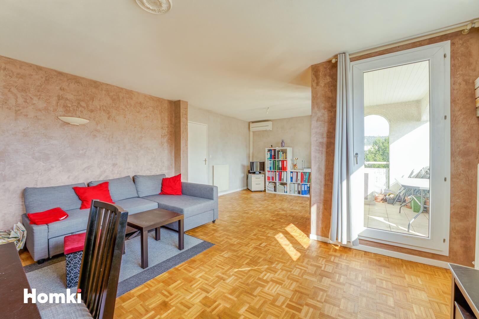 Homki - Vente Appartement  de 94.0 m² à Marseille 13009