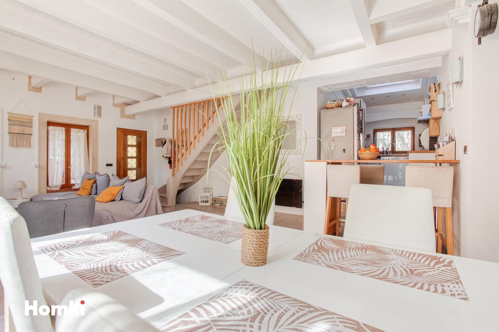 Homki - Vente Maison/villa  de 123.0 m² à Marseille 13011