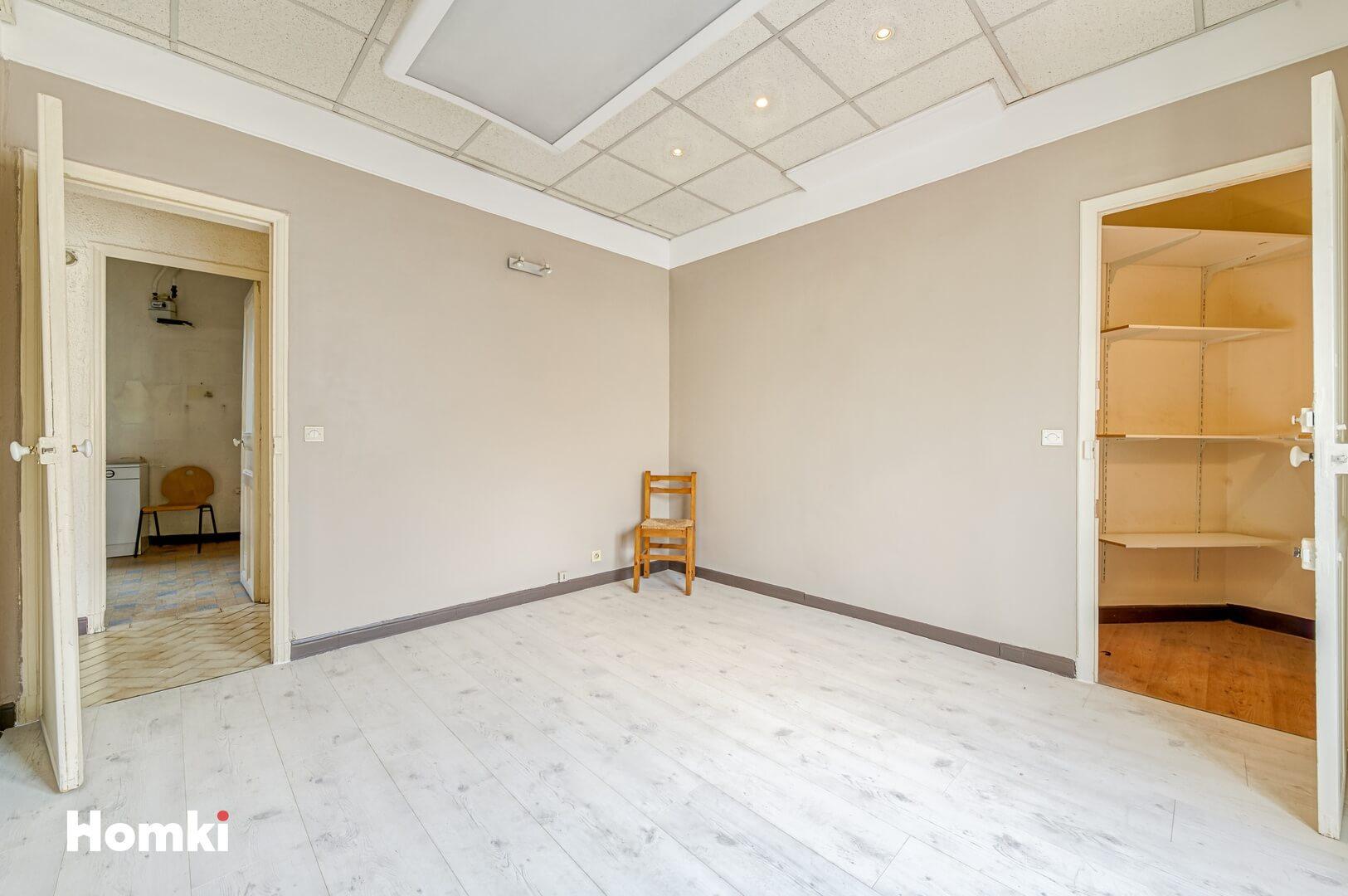 Homki - Vente Appartement  de 71.0 m² à Marseille 13003