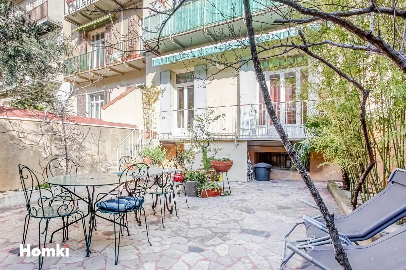 Homki - Vente Appartement  de 93.0 m² à Marseille 13005