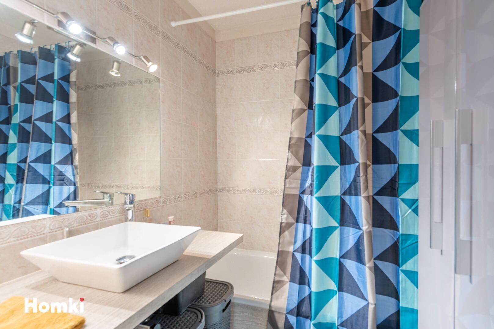 Homki - Vente Appartement  de 63.0 m² à Mougins 06250