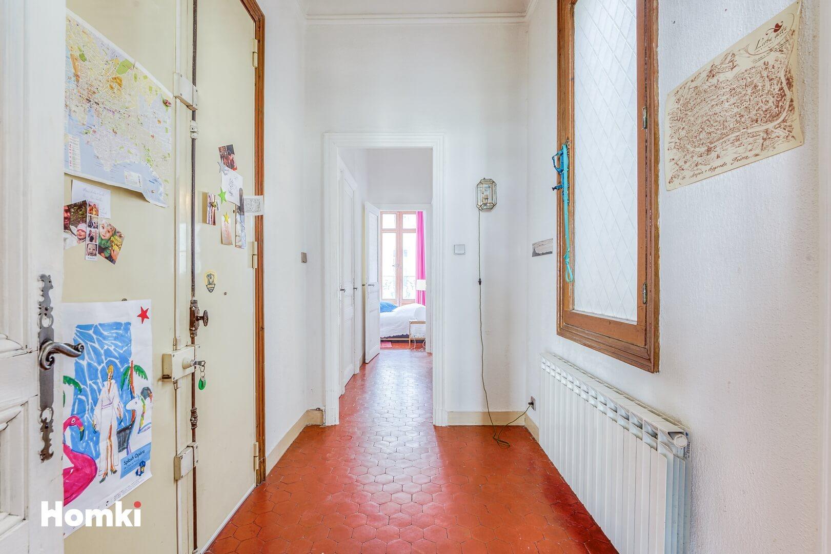 Homki - Vente Appartement  de 77.0 m² à Marseille 13002