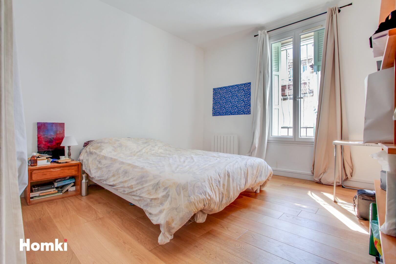 Homki - Vente Appartement  de 70.0 m² à Marseille 13006