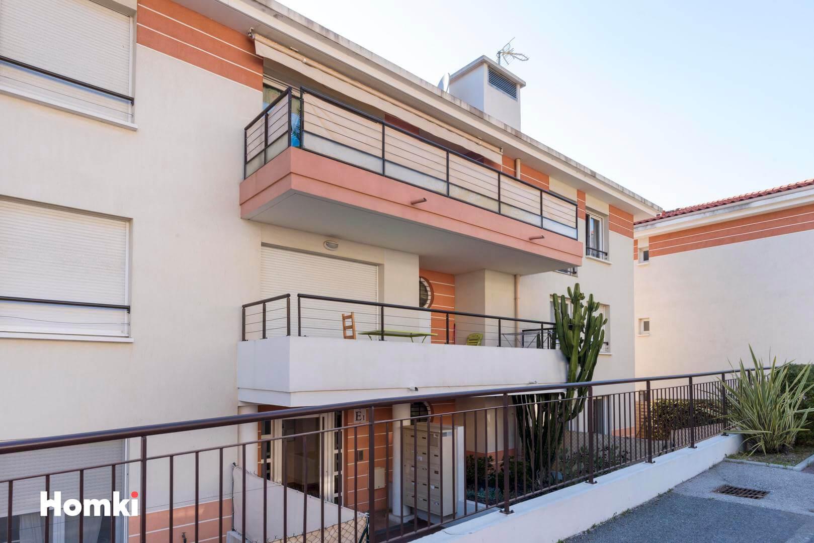 Homki - Vente Appartement  de 60.0 m² à Nice 06200