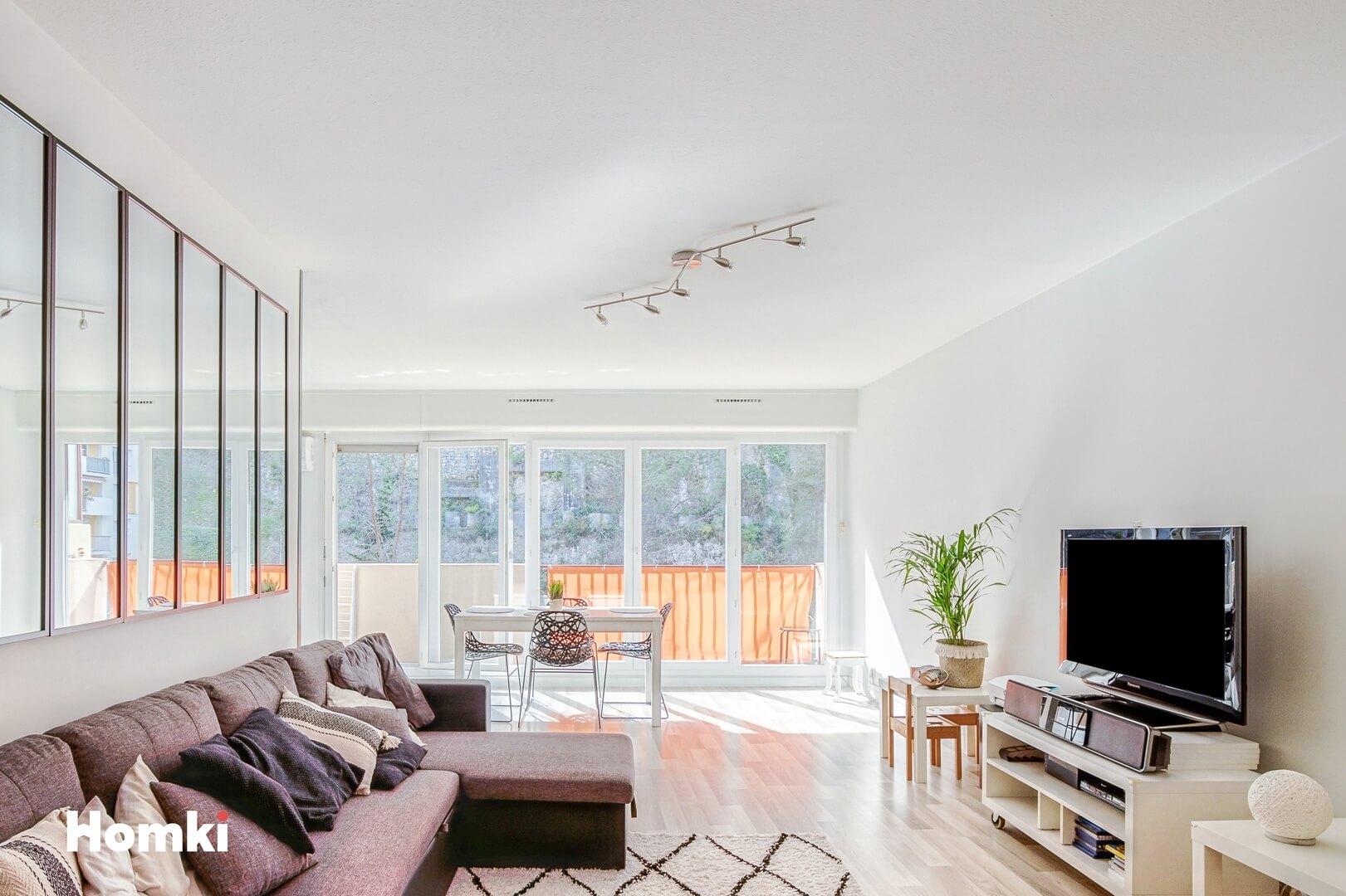 Homki - Vente Appartement  de 82.0 m² à Nice 06000