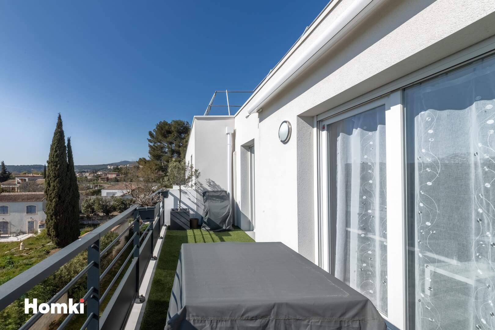 Homki - Vente Appartement  de 80.0 m² à Marseille 13013