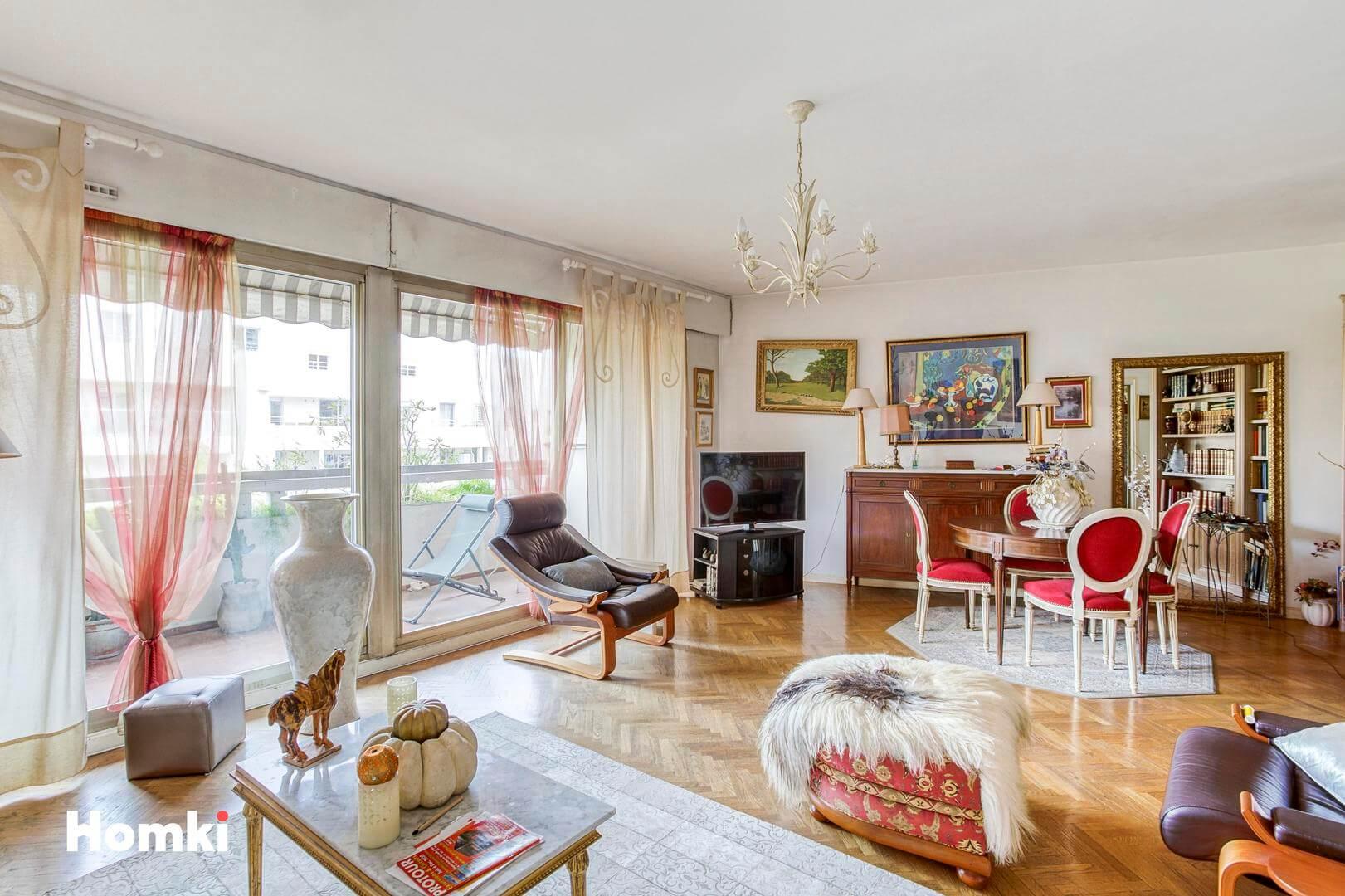 Homki - Vente Appartement  de 76.0 m² à Marseille 13008