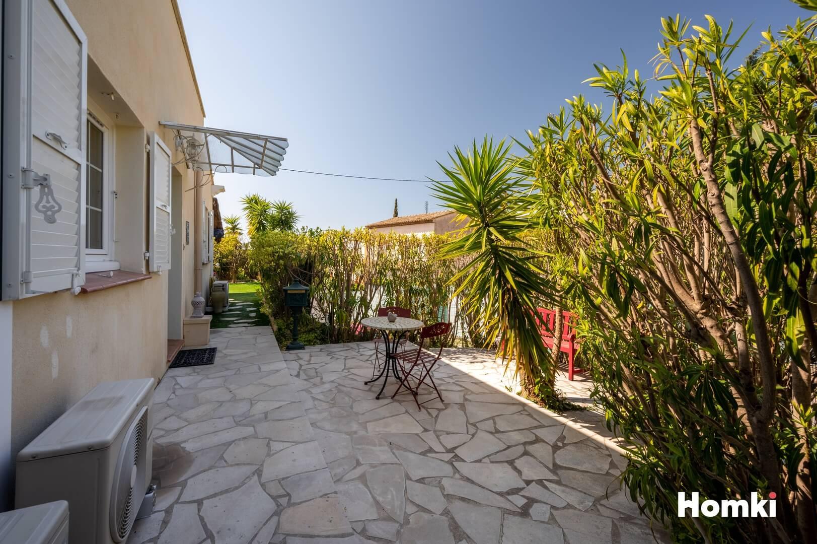 Homki - Vente Appartement  de 77.0 m² à Vallauris 06220