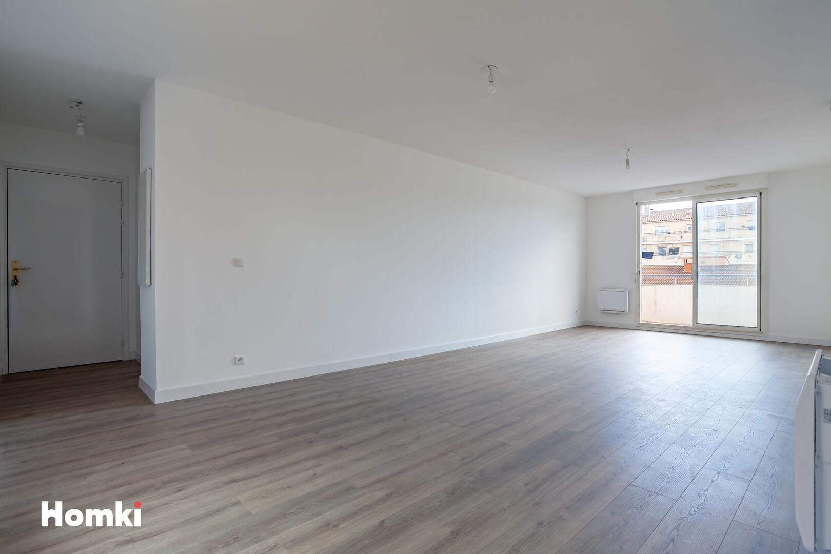 Homki - Vente Appartement  de 70.0 m² à Marseille 13010