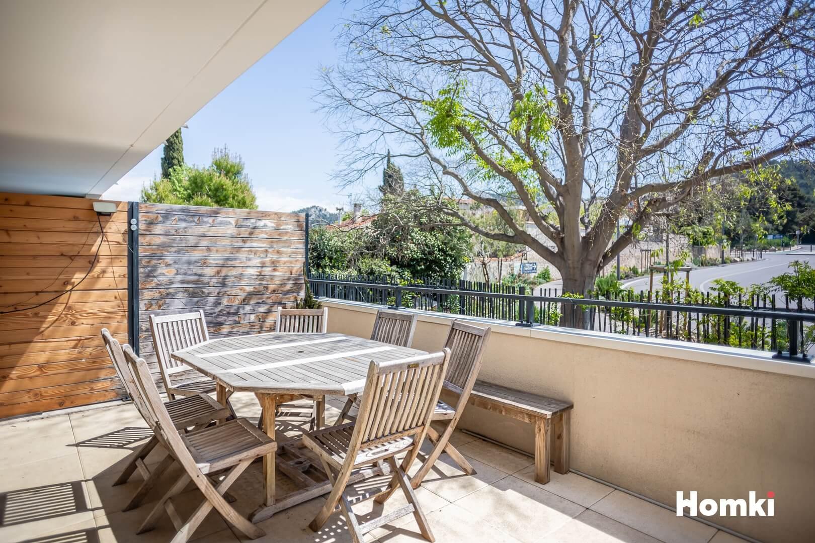 Homki - Vente Appartement  de 57.0 m² à Marseille 13009