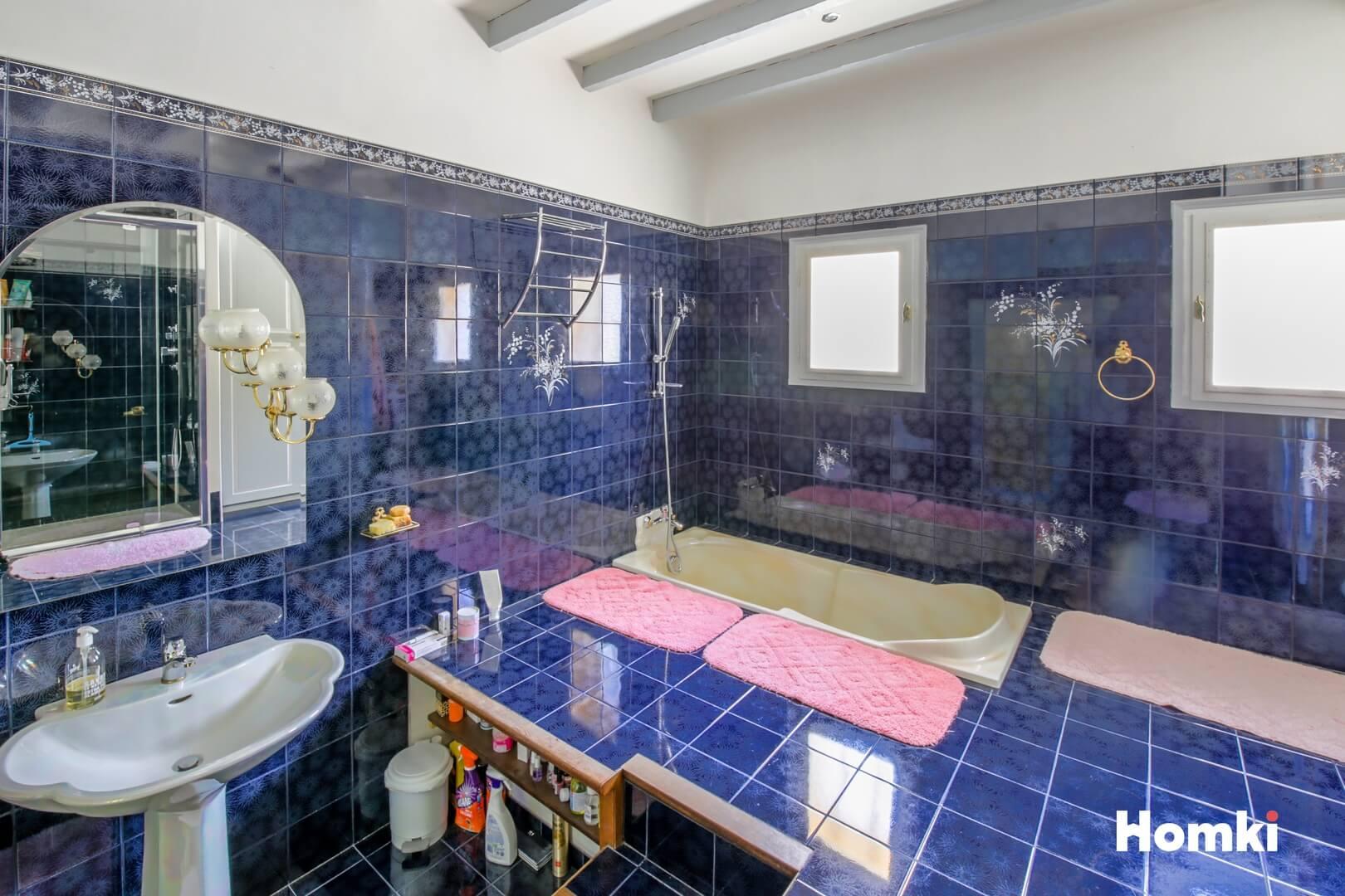 Homki - Vente Maison/villa  de 176.0 m² à rocbaron 83136